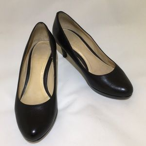 """Cole Haan Nike Air 2.5"""" black leather pumps"""